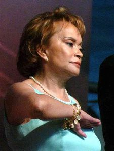 La Maestra in 2005