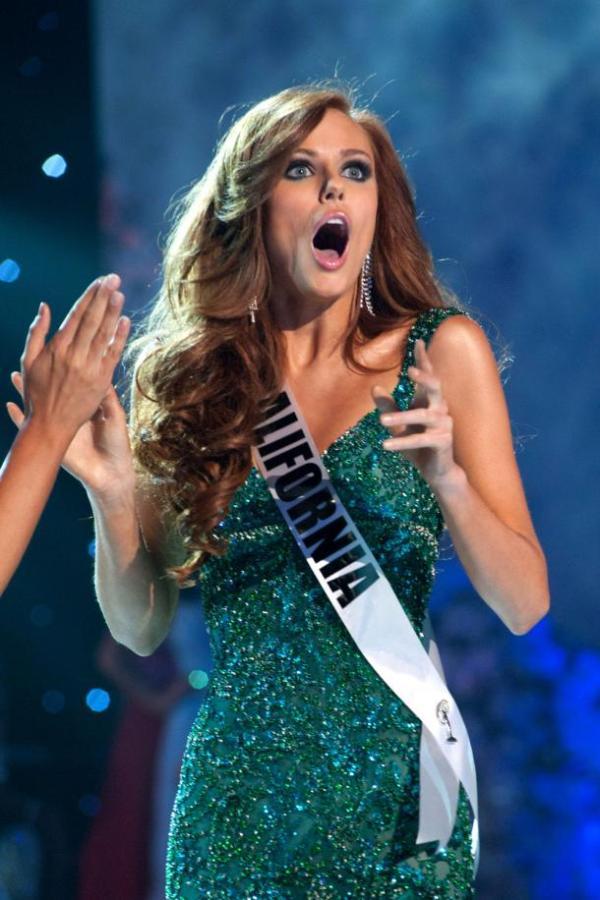 Alyssa-Campanella-Miss-California-USA-2011-is-crowned-Miss-USA-in-Las-Vegas