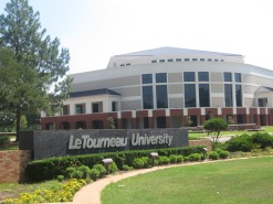 letourneau_university,_longview,_tx,_entrance_img_4004